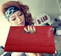 Crocodile pattern day clutch evening bag briefcase female chain shoulder bag vintage bag clutch bag 2013 women's handbag