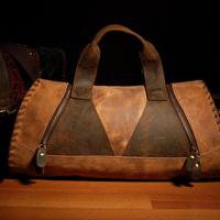 Free Shipping  Yuangu Vintage Handmade Travel Bag Casual Bag Personality Handbag Large Capacity Genuine Leather Cowhide Man Bag