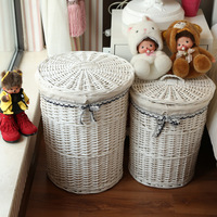 White color Round rattan basket with liner