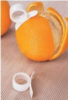 Free shipping Clever Orange Slicer The Vegetable /Fruit Cutter Plastic Peeler Fast And Easy Tools