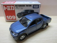 Tomica tomy dume boxed alloy car red and white box 109 MITSUBISHI Picard's triton