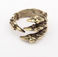 Min.order is $10 (mix order) free shipping,Europe and the United States punk wind Talon ring, welcome to place an order!