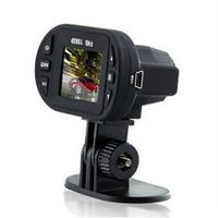 Free Shipping Cheap Car DVR C600 HD 720P Video Camera 4X Digital Zoom Night Vision G-sensor Russian Registrator