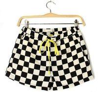 Free Shiping 2014 Summer Black And White Plaid Short Pants Women's Loose Yellow Lashing Pants Grid Shorts Sexy Hot pants