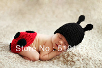 Free shipping cute 2 style ladaybug baby cap and shorts handmade crochet photography props baby hat and shorts