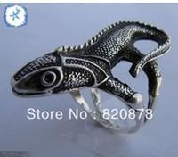 Wholesale handmade Tibet tibetan miao silver hand carved Men `s Black lizard Rings fashion jewelry 2PC/LOT #005
