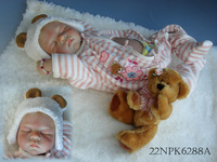 New Silicone  Simulation Baby Doll Cute Super Lifelike Reborn Baby Girl Doll For Children Free Shiping