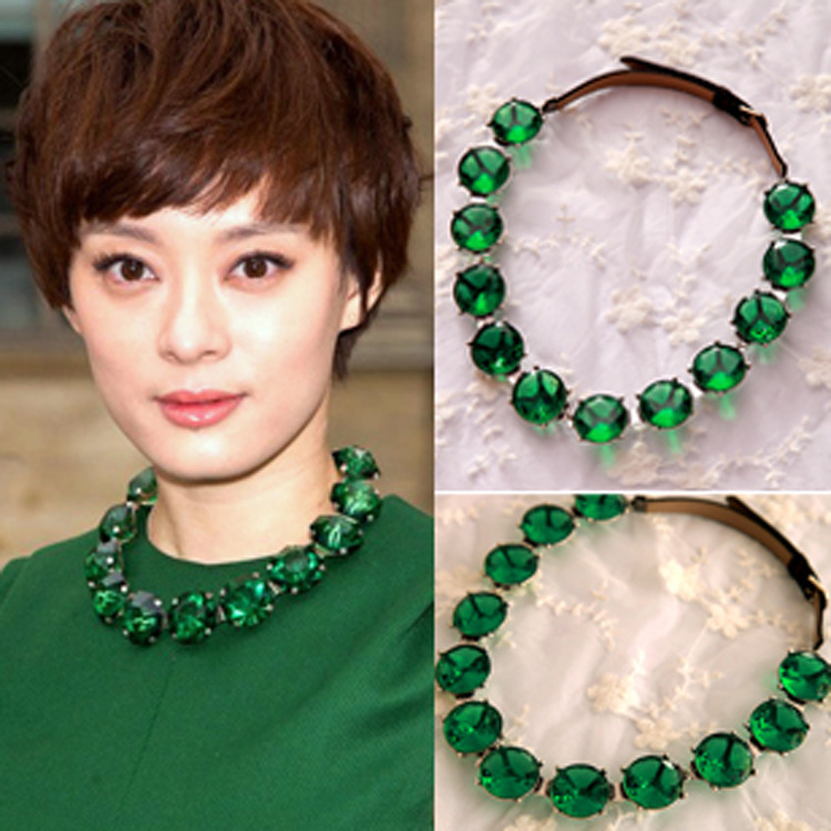 Paris Fashion Week Vintage Rhinestone Green Gems Fake Collar Dress Short Necklace [FREE SHIPPING FOR 1 PCS](China (Mainland))