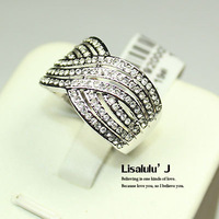 Retail and Wholesale 18K GP Fashion Ring Crystal R120  Free Shipping Worldwide