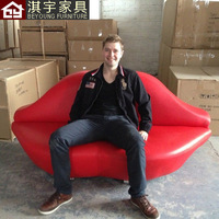 Simple and stylish designer furniture leather red lips Kiss sofa really creative marriage room sofa couch port to port by sea