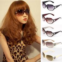 Free Shipping Brand New Women Sunglasses 3043  Fashion Sun glasses In Summer 2013