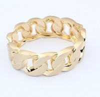 Twisted chain fashion bracelet 18 k gold accessories sell like hot cakes - 93627
