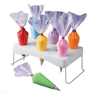 Cake Decorating Supplies Decorating bag frame to make a cake more convenient
