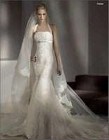 European version of the halter-neck fish tail slim hip wedding dress fish tail short trailing wedding dress