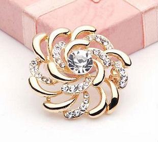 Free shipping !Clothing circle petals crystal rhinestone wreath brooch wind fire wheels quality brooch corsage(China (Mainland))