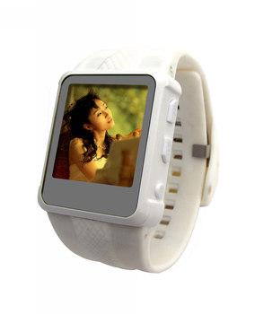 Бесплатная доставка 2 ГБ музыка часы спорт MP3 MP4 плеер FM радио музыка часы рождественский подарок часы mp3-плеер AD668