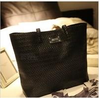 Mng serpentine pattern shoulder bag shoulder bag shoulder bag mango women's handbag serpentine pattern women's bag serpentine