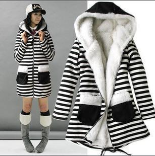 http://i00.i.aliimg.com/wsphoto/v0/1090670110/2013-autumn-and-winter-with-a-hood-stripe-long-sleeve-berber-fleece-outerwear-683.jpg