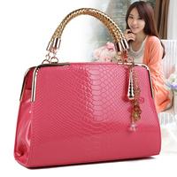 Hot Sale fashion patent leather candy color women's summer handbag, brand design crocodile vein pattern evening bag for women
