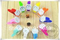200pcs Free Shipping Hot Geneva Popular Watch Silicone Quartz Wristwatch Men/Women/Girl Unisex Geneva Jelly Wrist Watch
