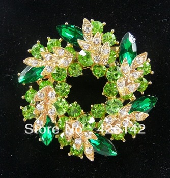 Wholesale&retail-Free shipping-News Fashion Green Flower With Diamond Crystal Brooches Shining Lovely Fit More Occasion Hot