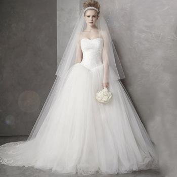 free shipping Tube top fluffy wedding dress sweet princess elegant vintage train wedding dream bride wedding dress