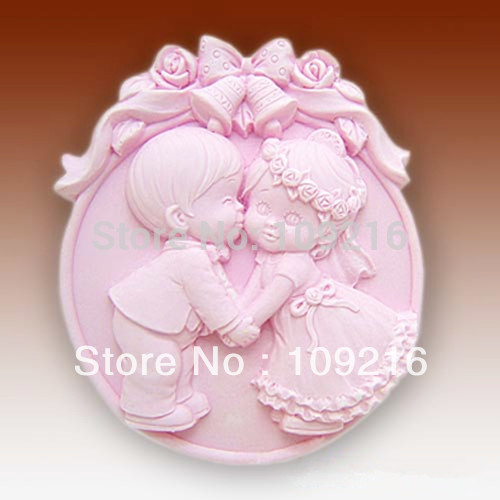 Free shipping!!!1pcs Sweet Kiss (50197) Silicone Handmade Soap Mold Crafts DIY Mold(China (Mainland))