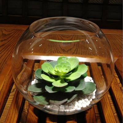 Стеклянный декор в аквариуме
