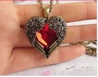 Min order is $10(mix order)Love vintage red hearts design long necklace Angel Wings pendant necklaces for women