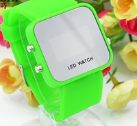 50 pcs hot sales Fashion colorful Plastic LED Watch Digital Watch LED Mirror Watch Silicone Watch for girls ladies makeup sw06