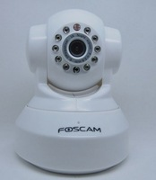 1PCS HD 720P FOSCAM ip camera WIFI two-way audio wireless webcam FI9818W color white