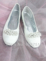 Round toe lace satin wedding bridal shoes women ballet flats pearl chain close toe white ivory evening party shoes US size 4-14