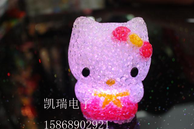 0780 crystal kt cat luminous nightlight flash night light small gift toy(China (Mainland))
