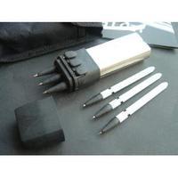1PCS Range: 4-5 meters Hand Portable Type Crossbow Size:Length 13.5CM*Width;3.5CM*2CM Total:6PCS Arrows