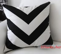 Vintage White Black Zigzag Stripe Modern Art Decorative Pillow Case Cushion Cover Tham