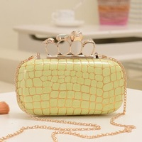 Factory sale  women's  vintage chain clutch bag lady party evening bag  skull ring messenger bag5colors18*9*5cm Freeshipping