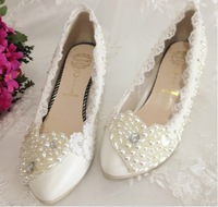 2013 new arrival white pearl lace shoes low heel lace shoes wedding bridal shoes