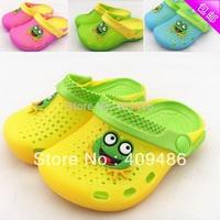 Baby sandals kids children Summer frog slippers hole garden beach home emale mules flip flops shoes