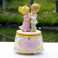 Rotating lovers music box music box birthday gift girlfriend gifts