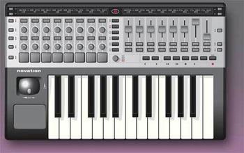Novation remote 25 sl midi keyboard