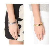 Min.order is $18(mix order) Fashion cool shiny gold and silver-tone metal braceles free shipping