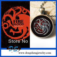 Free shipping Game of Thrones Edged Sword Dagger Knife Metal Weapon Necklace