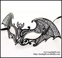 MG003-BK Free Shipping Bat Man Mask Design Venetian Metallic Laser Cut Halloween Masquerade Ball Masks With Clear Crystals