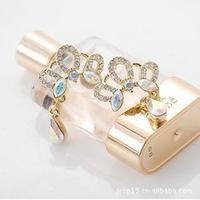 E553 Korean version of the popular Korean jewelry wholesale Diamond Crown exquisite drop earrings / earrings