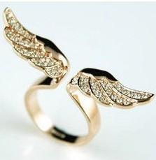 Big discount! ! D094 gold angel wings Imitation diamond women ring(China (Mainland))
