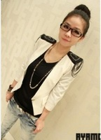 2013New One Buttons Short Coat White  free shipping	C10091402-2