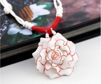 Jingdezhen ceramic jewelry. Fashionable rose. Red. Delicate necklace. Pendant. Gifts. Ceramic jewelry wholesale
