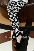2013 Fashion graffiti printing Plaid & Check stretch Houndstooth ninth leggings Pants