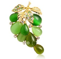 Europe America jewelry romantic sweety grape Brooch Women cat's eye stone new beautiful Brooch All match Dress collection