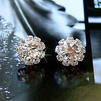 New Korean Mini Stylish Shine Rhinestone Sun Flower Stud Earring Earrings